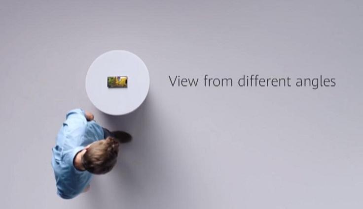 Камера определяет положение глаз и автоматически разворачивает контент, с какой стороны бы вы не смотрели на экран