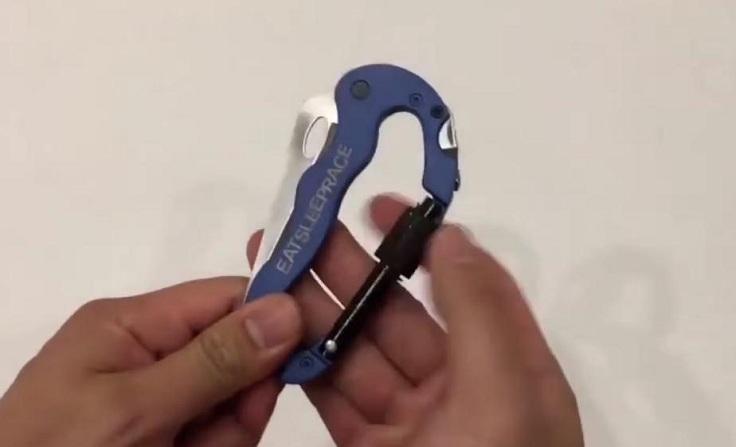 Карабин с ножом