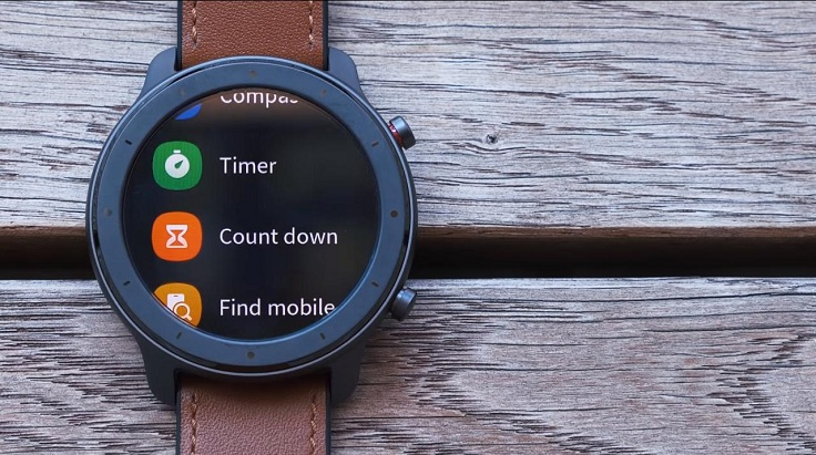 Подраздел More, в котором спрятан компас, таймер, секундомер и функция Find Mobile