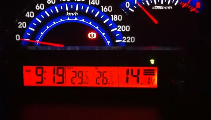Часы-термометр для авто