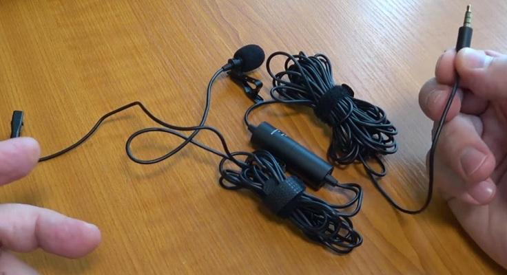4-пиновый коннектор используется со смартфоном