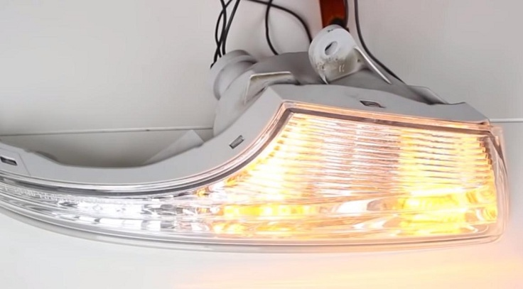 Лампы ДХО с функцией поворотников
