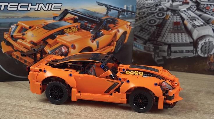 LEGO TECHNIC Chevrolet Corvette ZR1 на 579 деталей