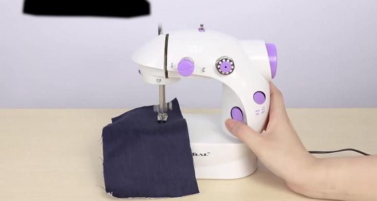 Ручная мини-швейная машинка