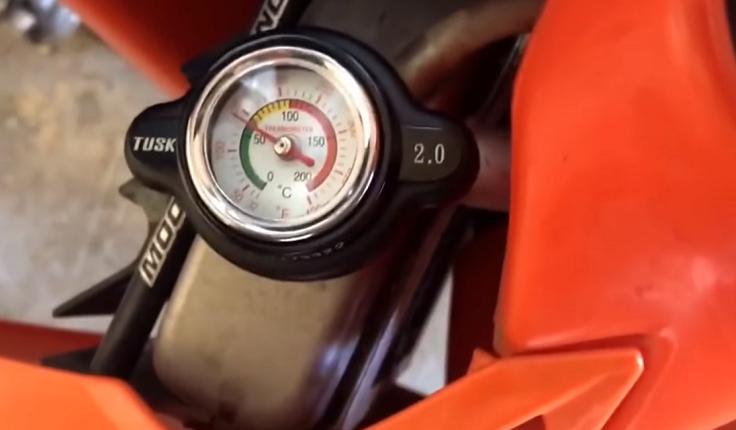 Крышка термометр на радиатор