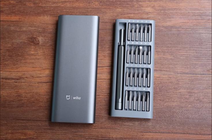 Набор отвертки с битами от Xiaomi