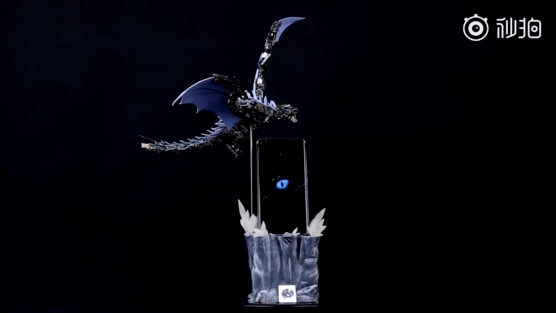 Из 500 деталей Xiaomi MI 11 сделали механического дракона